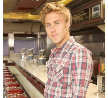 Russell Howard Right Here Right Now
